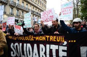 Paris, manifestation en hommage à Rémi Fraisse et à toutEs celles et ceux assassinéEs par la police